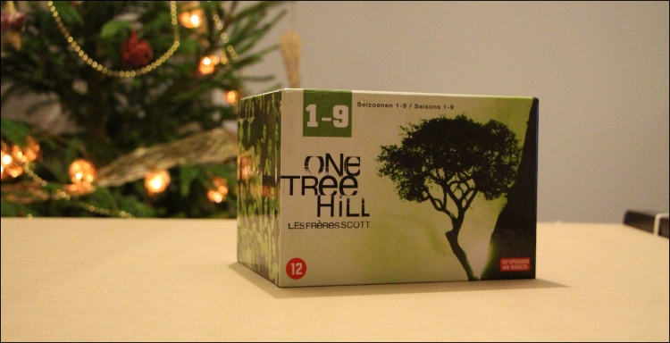 Photo 1 coffret dvd one tree hill 9 saisons